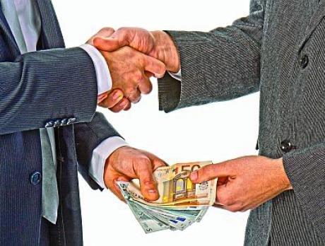 Как попросить денег у родственников